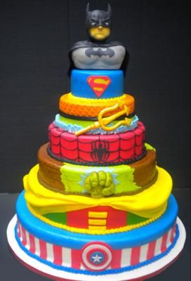 What Boy Wouldnt Love This Multi Layer Super Hero Birthday Cake There Are 7 Heroes Represented But The Cool Ness Is Unlimited