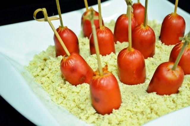 Salsichas de Hot Dog, Salsichão e mesmo Salsichas em Conserva, são uma boa pedida na comemoração de Festa Junina. Então, façam suas escolhas!