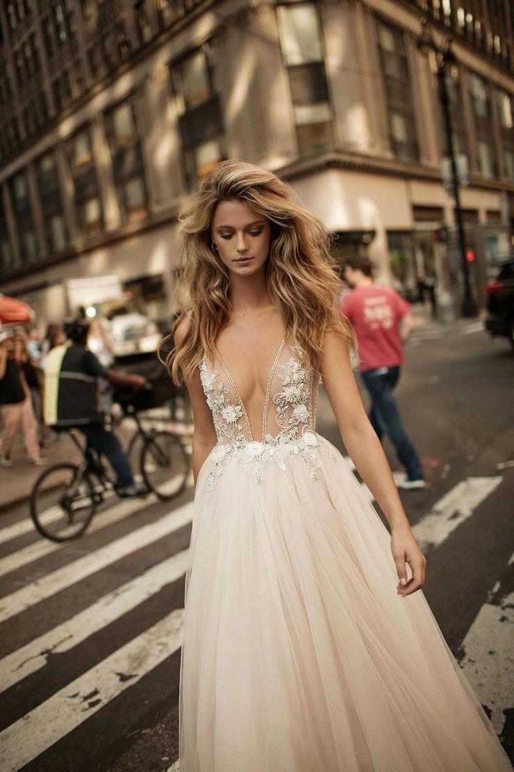 Beaded floral plunging and tulle skirt wedding dress | itakeyou.co.uk #weddingdress #weddingdresses #bridalgown #weddinggown #weddinggowns