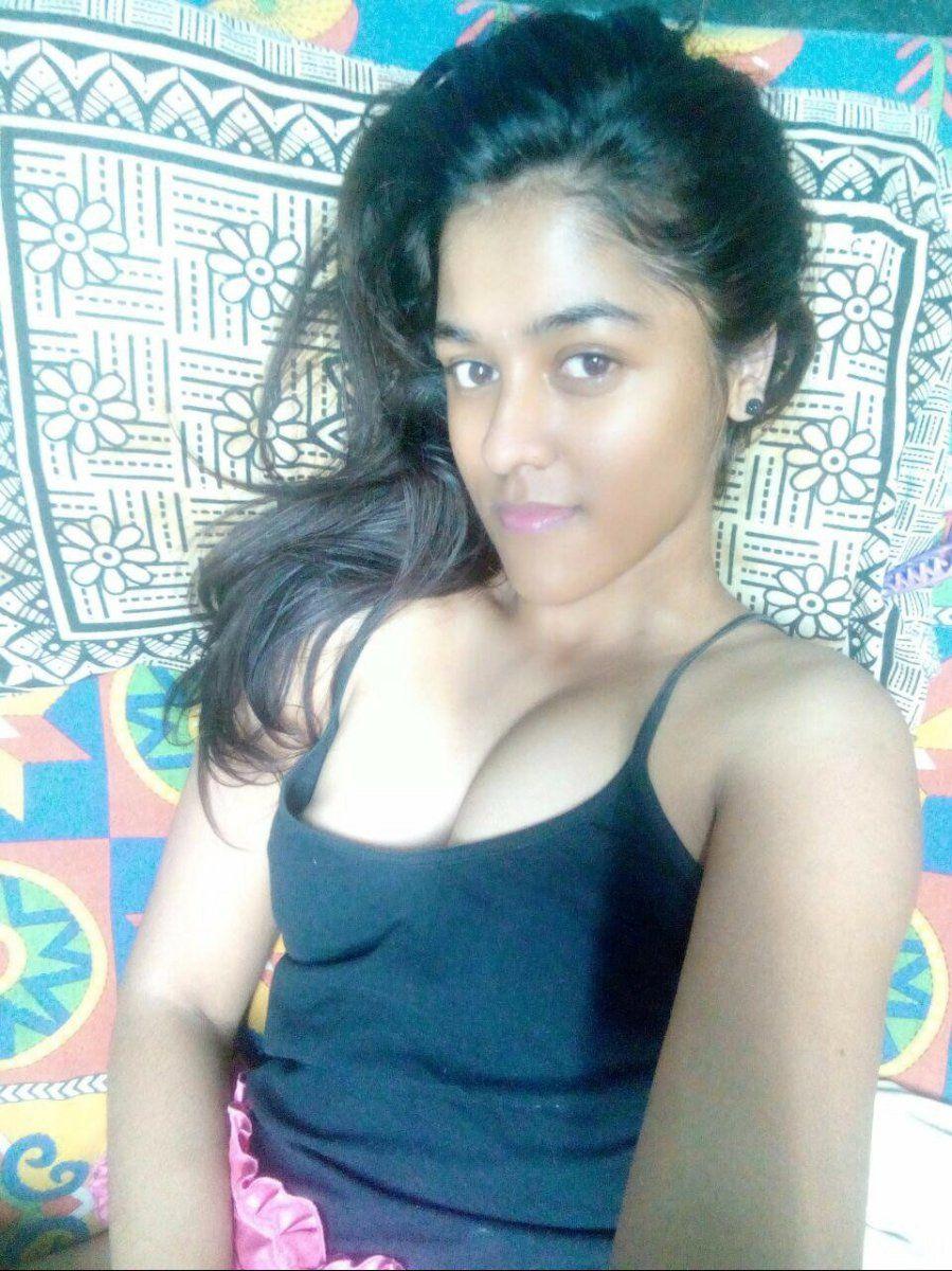 Desi Cute Indian Teen Clicking Nude Selfies In Bathroom