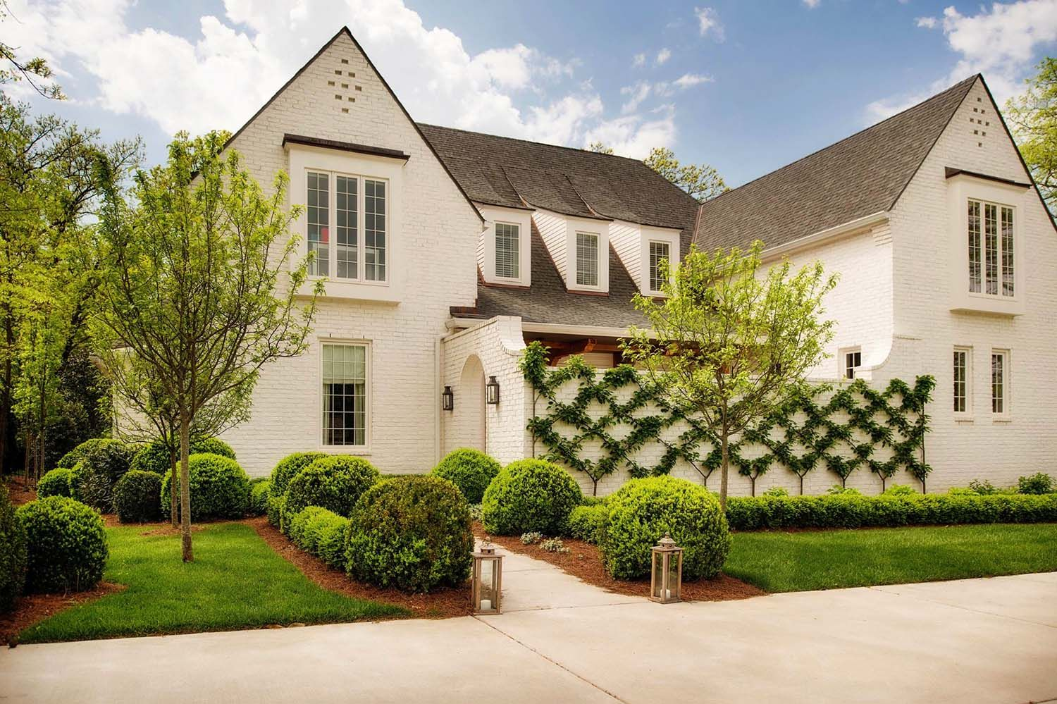 Charming english country house in nashville with a modern twist