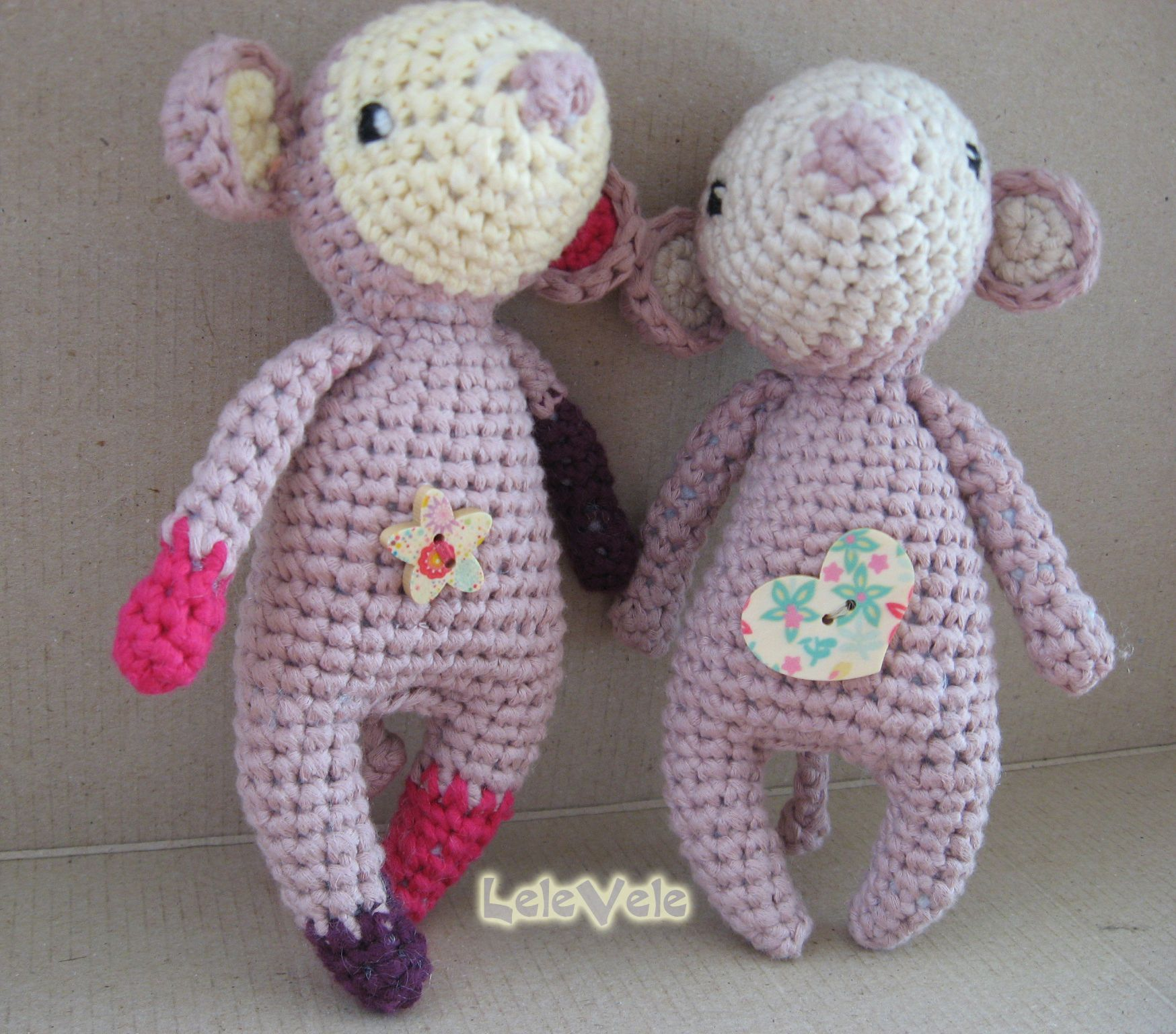 Twins Mia&Sia  Made with love from: https://www.facebook.com/LeleVele-handmade-1939438202993288/