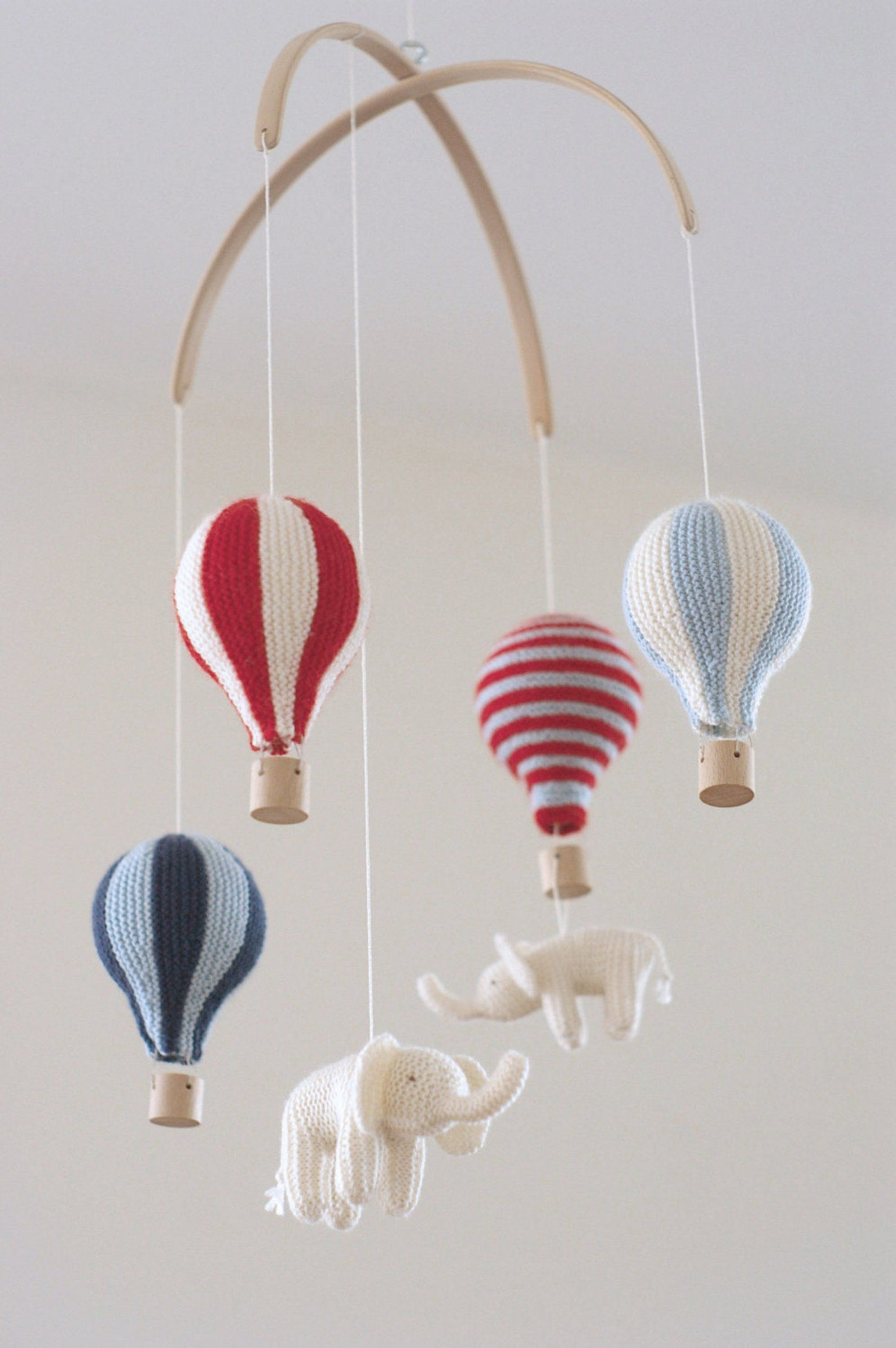 Baby mobile hot air balloon mobile red/blue mobile