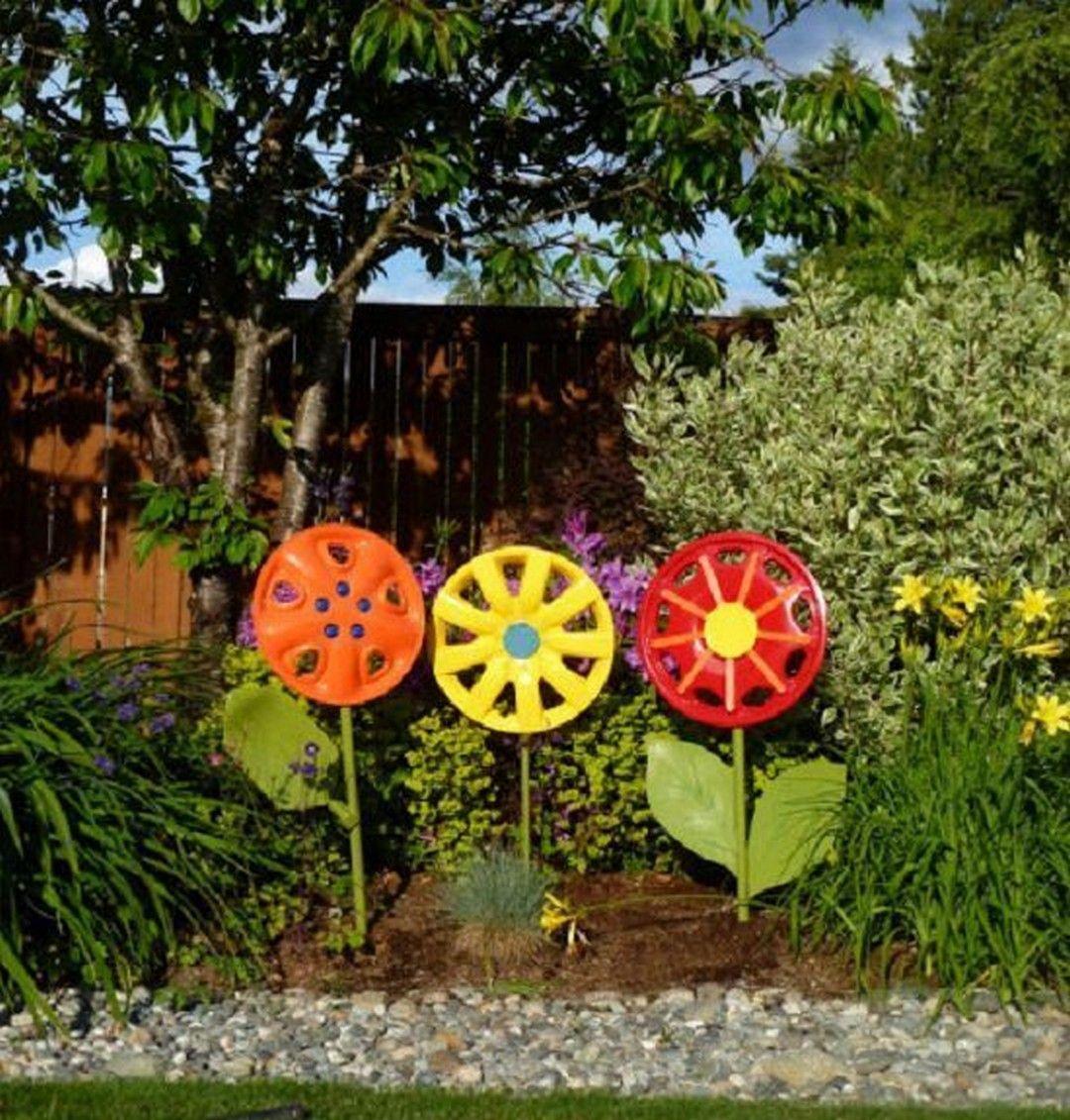 unique yard ornaments