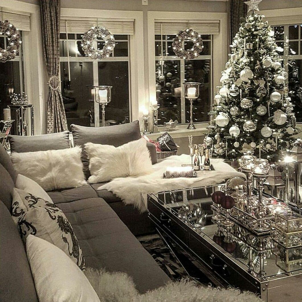 Pinterest//amberac Christmas living rooms, Elegant
