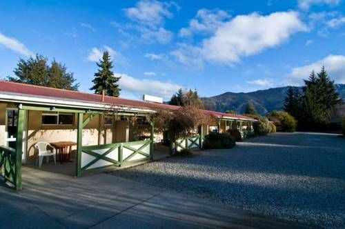 Archway Motels Chalets Wanaka Archway Motels Chalets Offers Quiet And Secluded Accommodation Only 200 Metres From Lake Wan Archway Chalet Australia Hotels