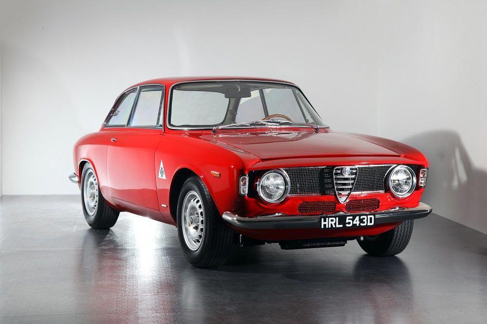 1965 Alfa Romeo Giulia Sprint Gta Alfaholics Lamborghini Alfa Romeo Giulia Alfa Romeo Alfa Romeo Gta
