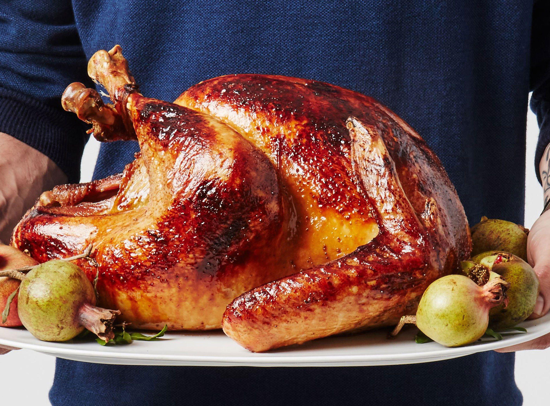Easy Roast Turkey With No Roux Gravy Recipe Roasted Turkey Traditional Thanksgiving Recipes Turkey