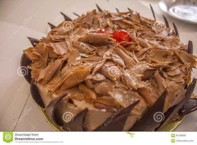 20 Great Image Of Chocolate Birthday Cake Shot Close Up