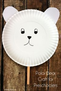 Simple Polar Bear Craft for Preschoolers. Fun paper plate polar bear mask.