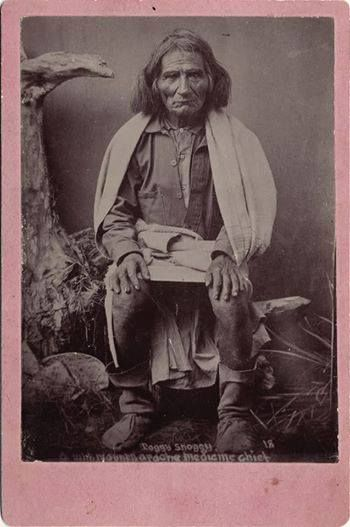 Toggy-Snoggy, medicine chief white Mountain Apache: