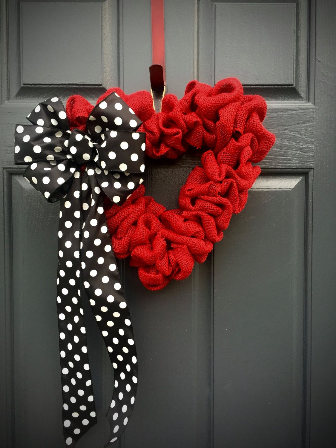 Decorating red door gifts photos : Red Heart Wreath, Valentines Gift, Polka Dots, Red Black White ...