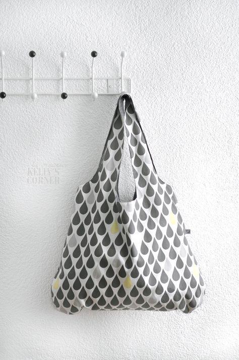 nat rlich kennt sie jeder diese seltsamen stofftaschen. Black Bedroom Furniture Sets. Home Design Ideas
