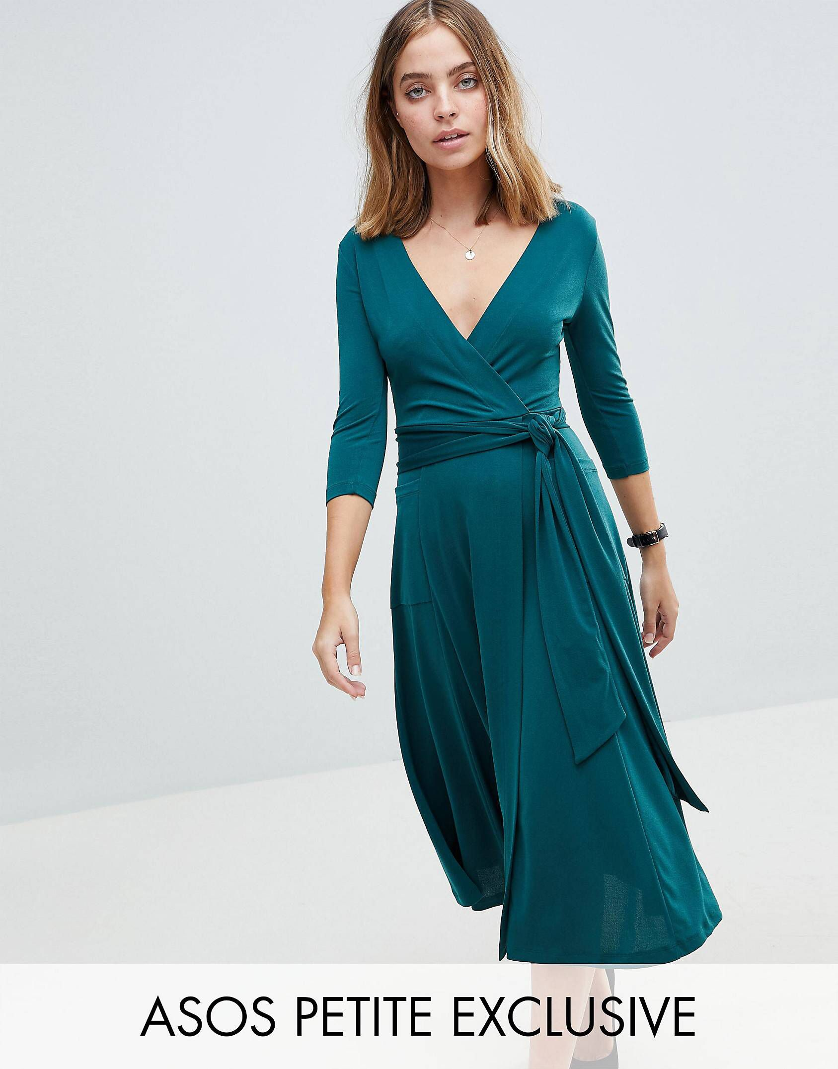 808d7e3da628 PETITE Crepe Wrap Midi Dress   Asos petite, Midi dresses and Crepes