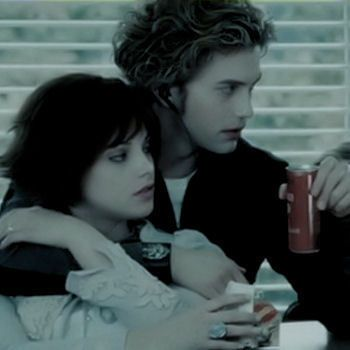 I love Alice's hair. I love Jasper. He is so lovely, romantic, handsome, sweet, perfect etc. ♥ Alice and Jasper are perfect together ♥