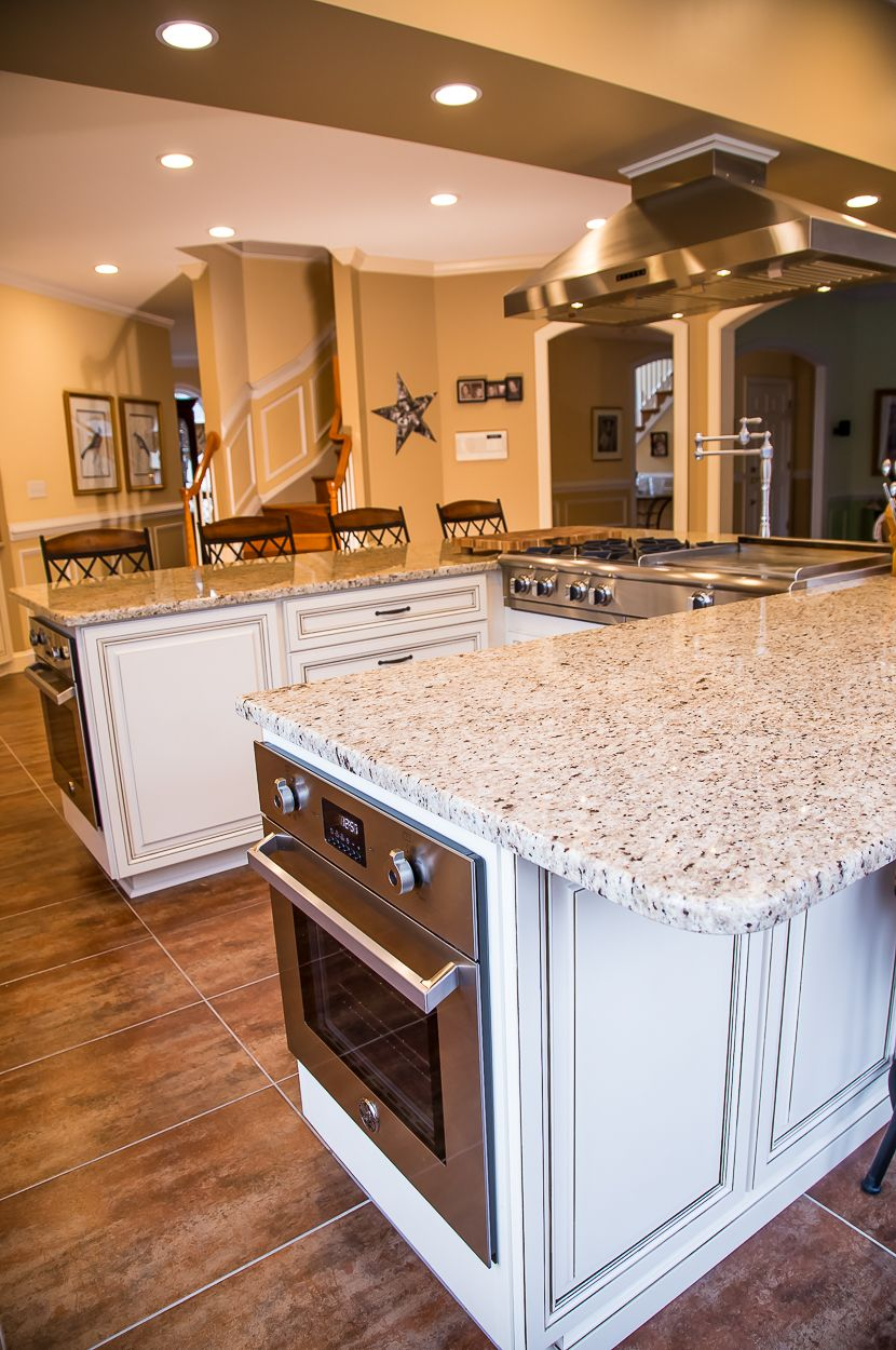 presidential kitchen cabinet this remarkable kitchen has maple cabinets with 24914