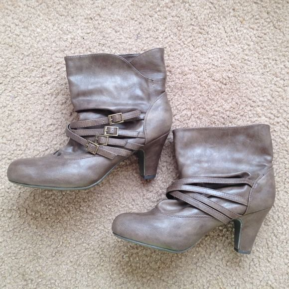 Taupe colored booties, size 8.5 Grayish taupe colored booties (color accurate to picture) with buckle detailing. Size 8.5. Very comfy! Worn once! Soda Shoes