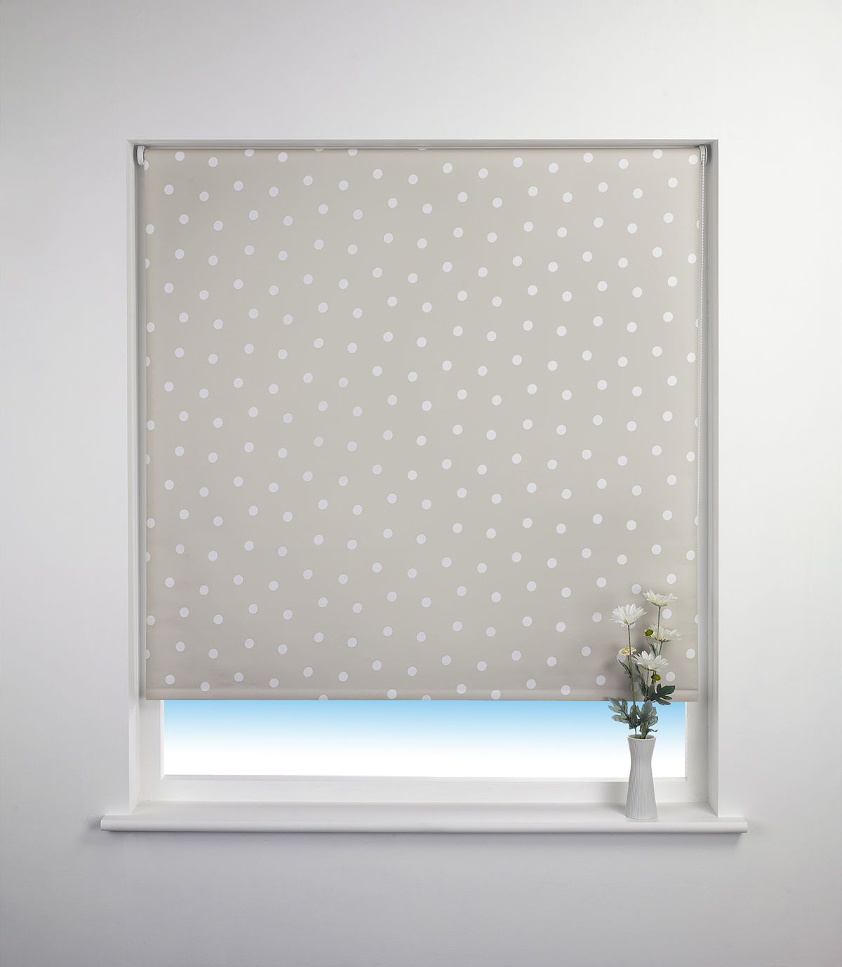 The Modern Baby Farg Form Moln Clouds Blackout Roller Blind