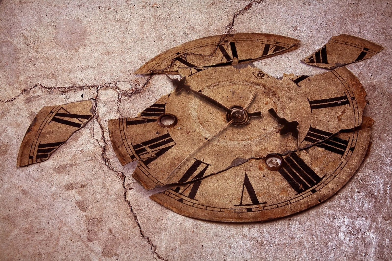 broken clock Have You Ever Seen Old... Old fashioned