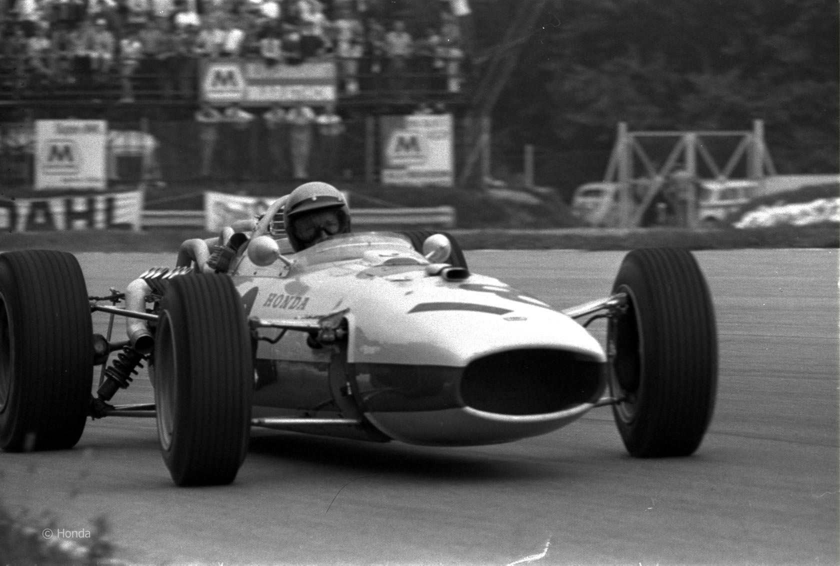 1966 HONDA F-1 GP Richie Ginther, Mexican GP 1965 | RICHIE GINTHER ALBUM | Pinterest | F1,  Honda and Grand prix