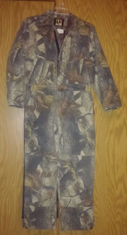 these are pre owned coveralls they are in good condition on walls camo coveralls insulated id=62300