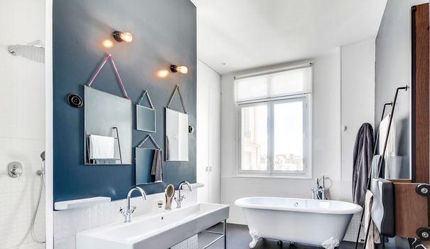 appartement haussmannien paris rénové 250 m2 Salons and Interiors - salle de bains enfants