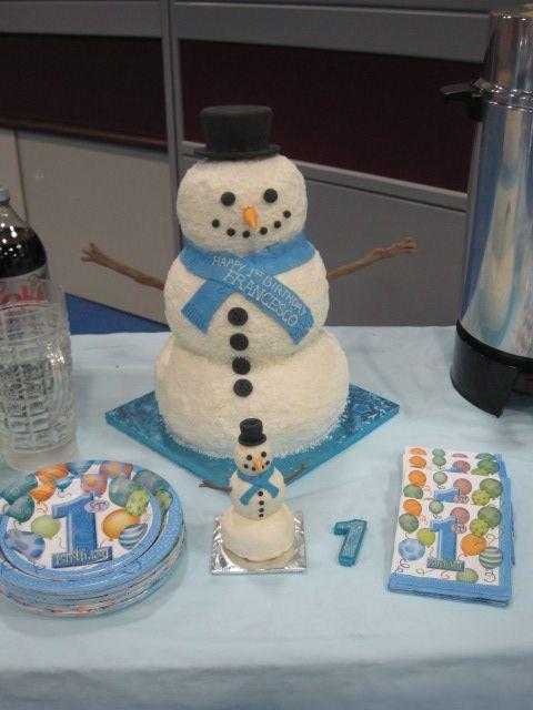 Snowman 1st  birthday cake and mini snowman smash cake for the birthday boy!