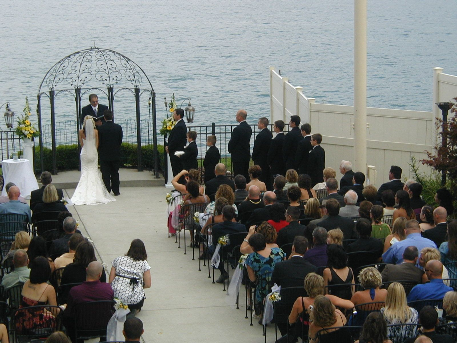 The roostertail detroit mi michigan wedding ceremony for Honeymoon spots in michigan