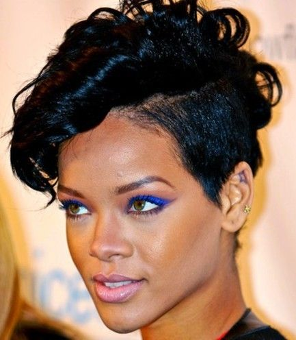 Rihanna hairstyles 2016 2017 women hairstyles pinterest rihanna hairstyles 2016 2017 winobraniefo Images