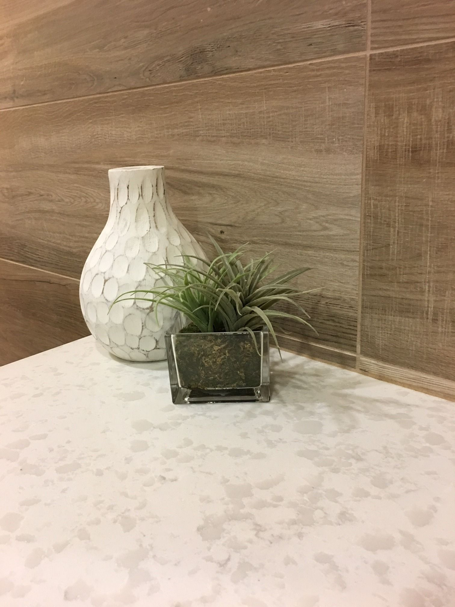 Lovin This Combo Of Pegasus Quartz (counter) And Aequa Silva #porcelaintile  On The Walls! #goQuartz Https://www.arizonatile.com/en/products/quartz/ Pegasus