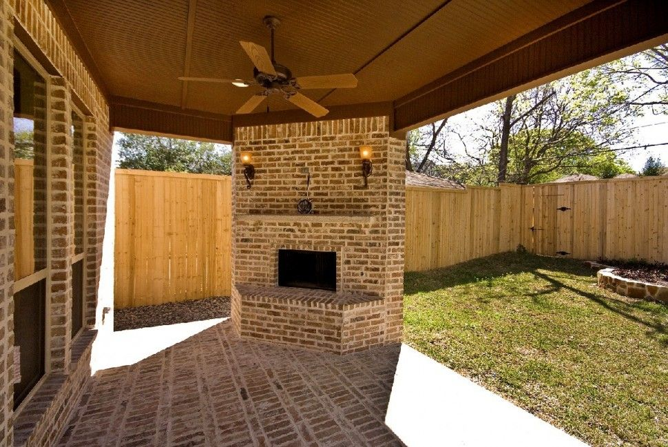 Exterior : Outdoor Living Spaces With Fireplace Then Backyard With Wooden  Fences And Brick Tiles For Wall Plus Hanging Fan Decor Also Wooden Based  For ...