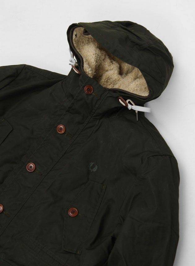 fred_perry_mountain_parka_with_detachable_fur_hunting_green_3.jpg 630×856 pixels