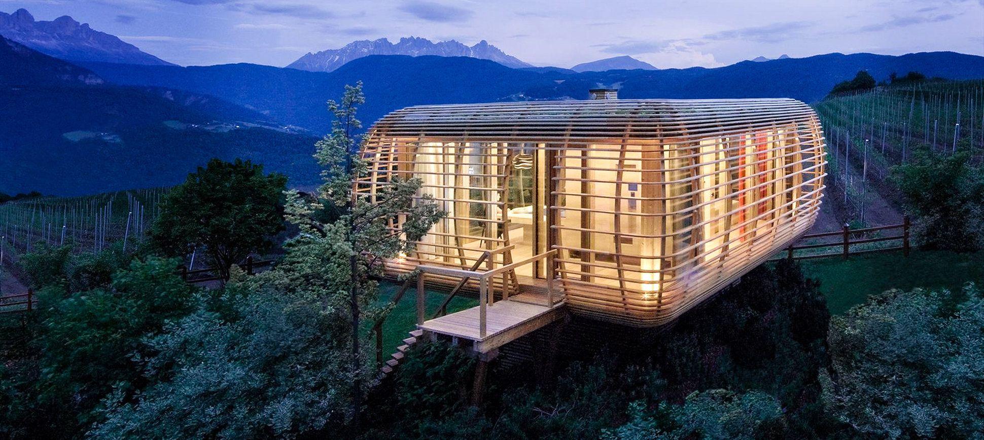 Beautifully Designed Small Winter Cabins 17 Amazing