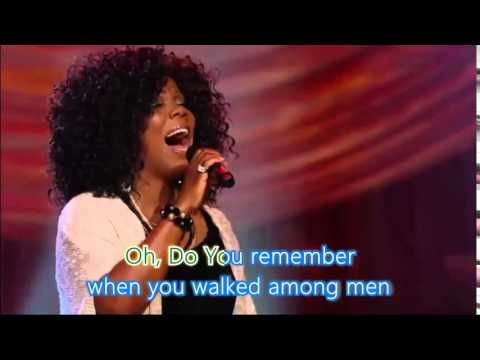 Bill & Gloria Gaither - One Day At a Time [Live] ft  Lynda