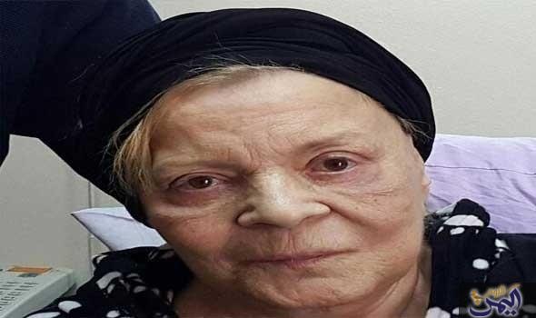 ناديه لطفى فى العناية المركزة بعد سماعها خبر وفاة شادية Egyptian Actress Movie Stars Egyptian History