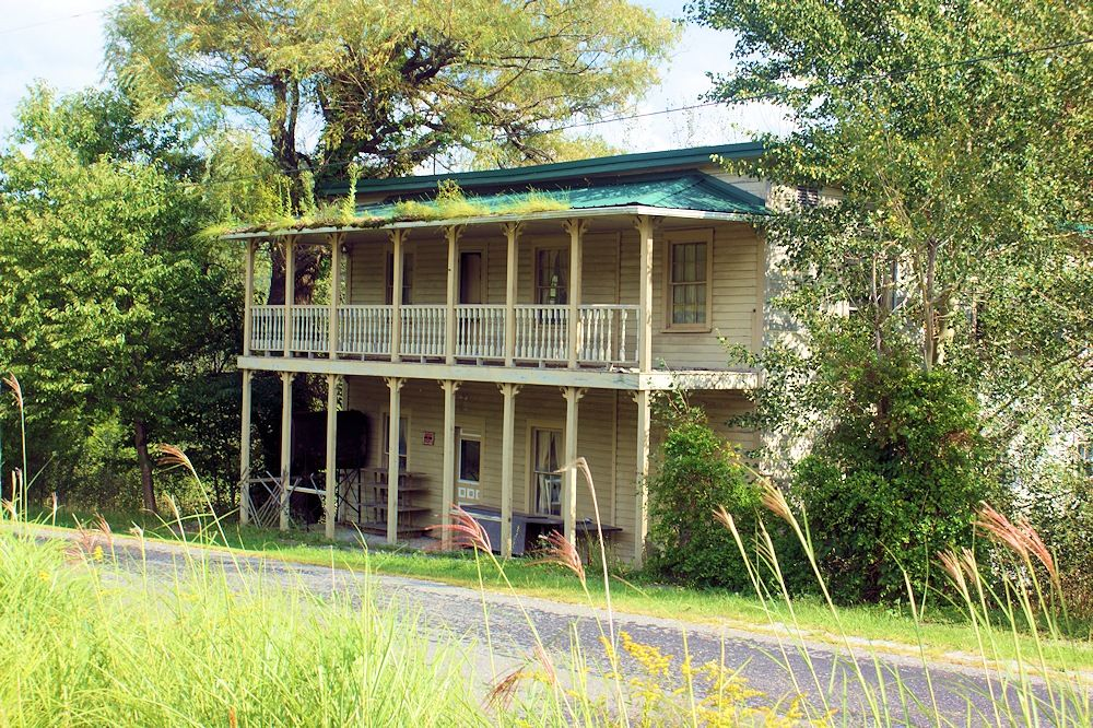 Old abandon road house, inn in Troutdale, VA - Southwest Virginia ...