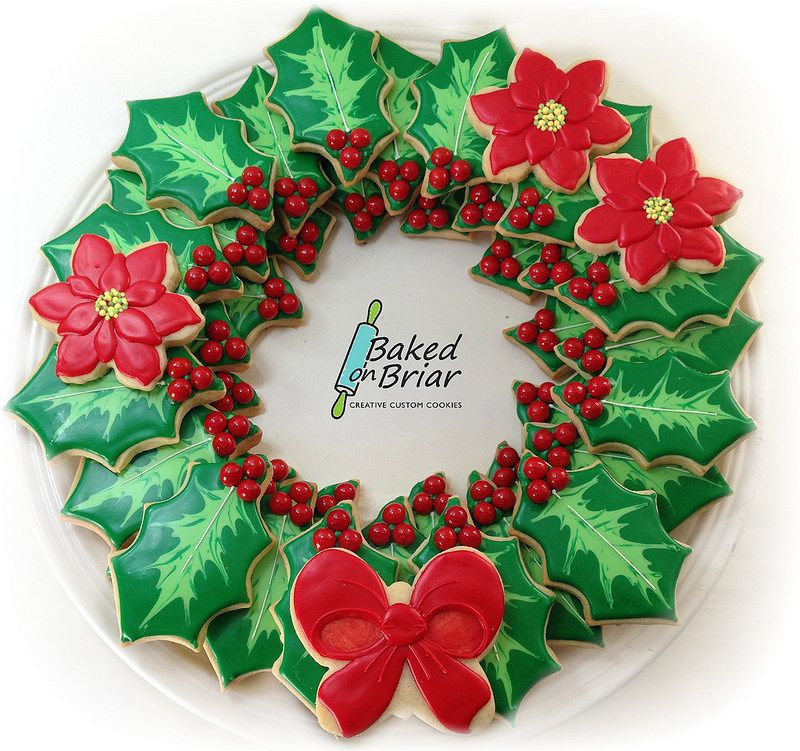 Cookie Holly Wreath Platter Platters And Wreaths Cookie