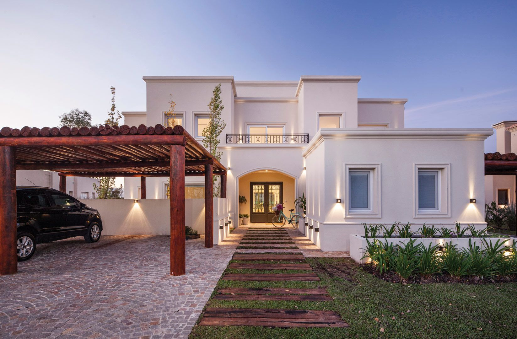 Arquitecto daniel tarrio y asociados casa estilo for Casas modernas clasicas