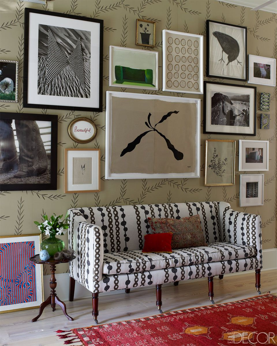 Susan Hable Smith Athens Georgia Home - Southern Designer Home Renovations - ELLE DECOR. Wallpaper from Neue Gallery