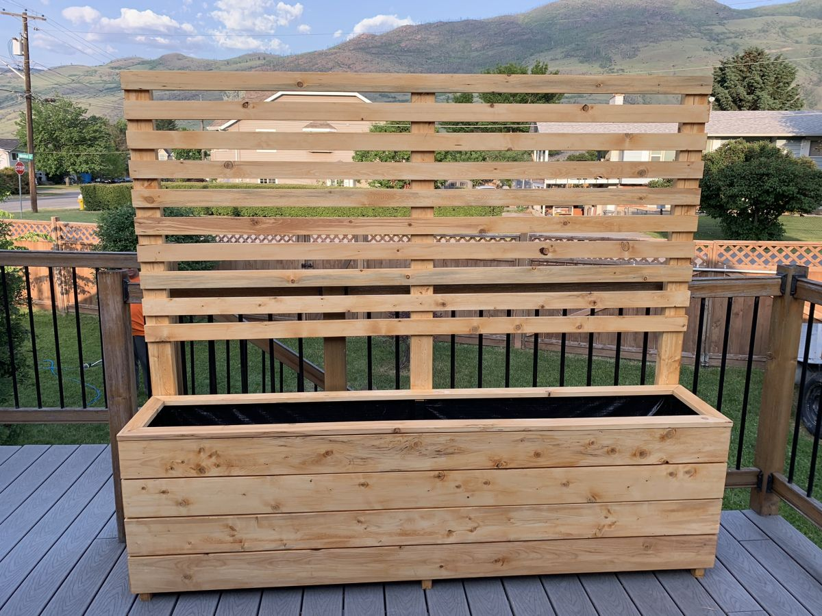 Planter with Privacy Screen in 2020 Privacy planter