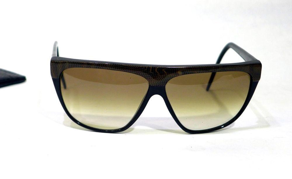 18bc9742c689 Vintage Laura Biagiotti Sunglasses P7-285L Snakeskin Print Gold Black  W Case