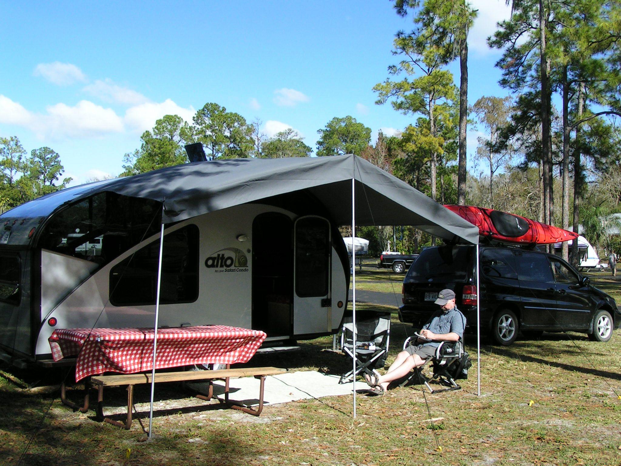 Les Plus Belles Caravanes De Forains auvent amovible sur / removable awning on alto r1713/ r1723