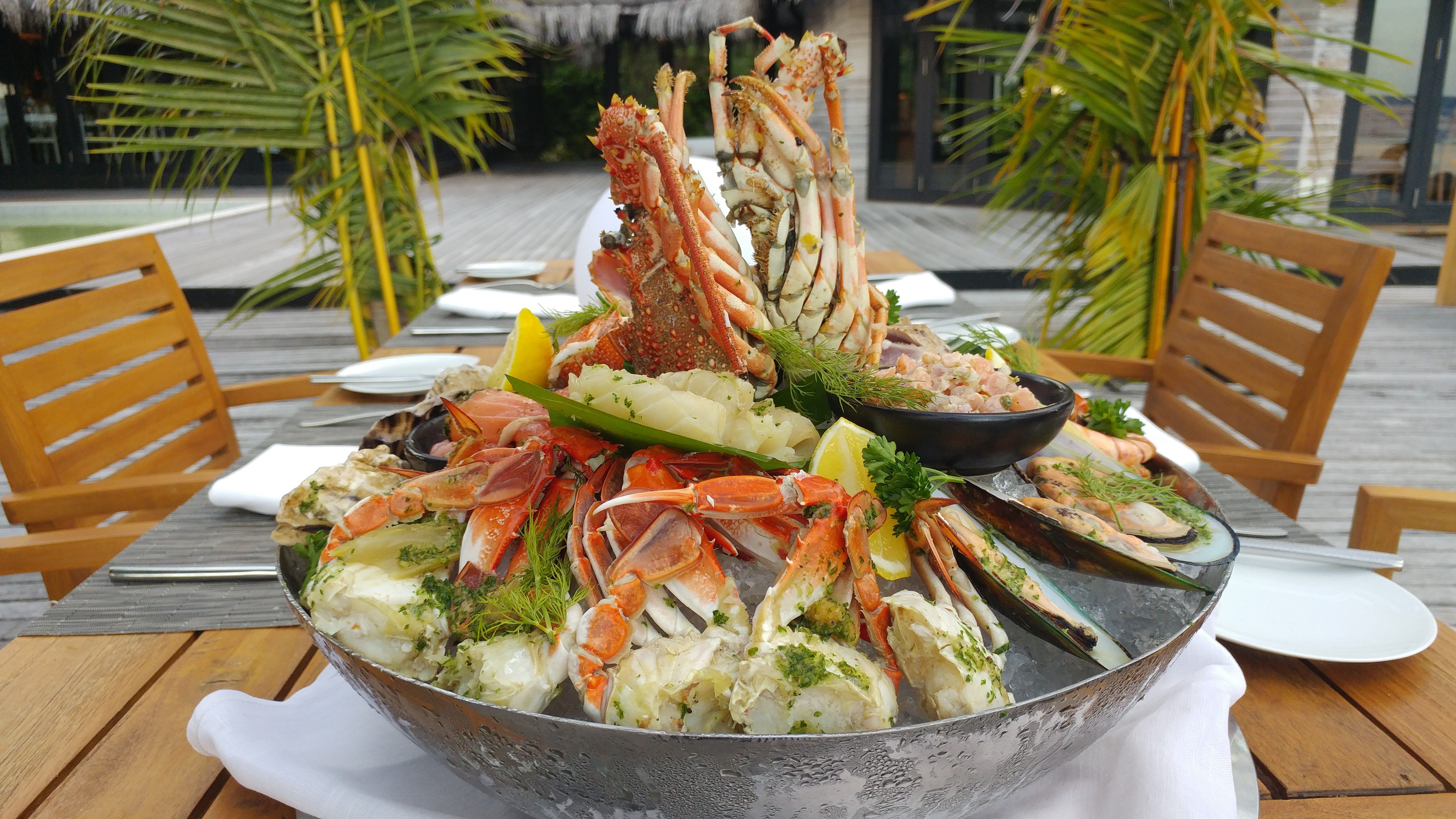 Chef eyck zimmer to prepare special dining experience at outrigger