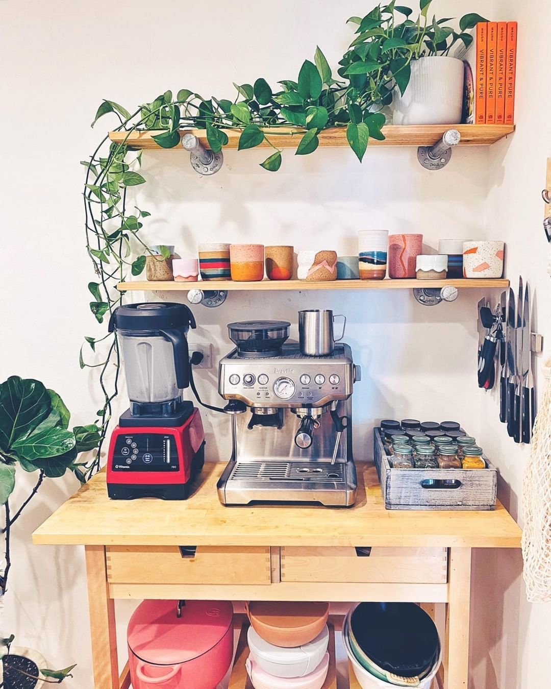 Apartment Therapy On Instagram Small But Mighty Via Vibrantandpure