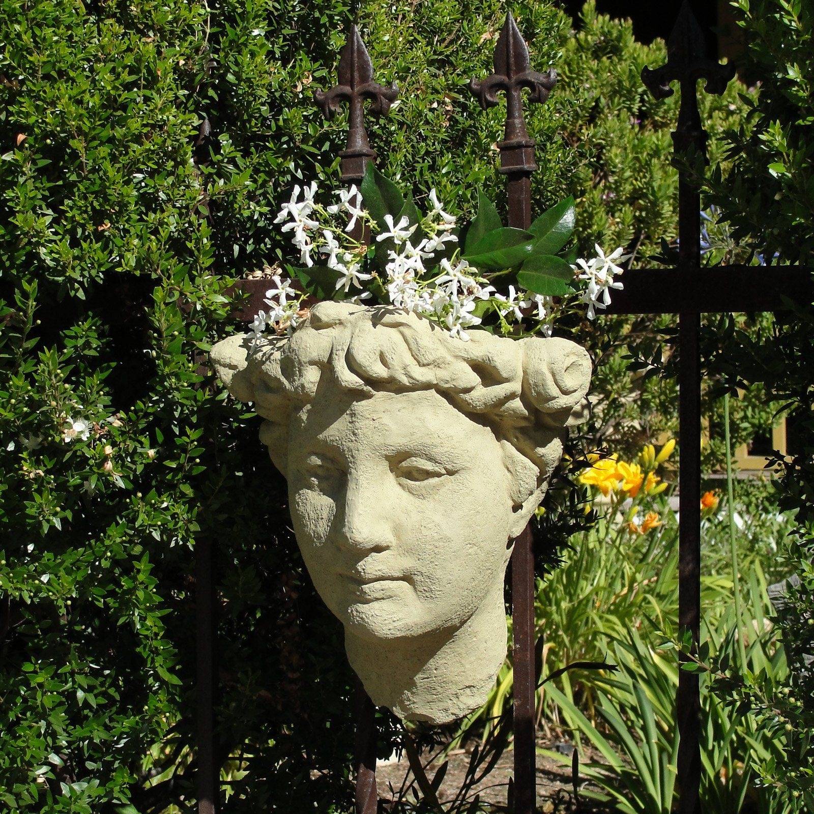 Designer Stone Lady S Head Wall Planter Wall Planter Head Planters Stone Design