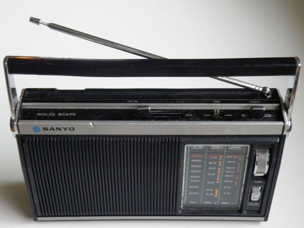 RARE 1970s VINTAGE SANYO JAPAN RP-3410 MW(AM)-SW1-SW2 RADIO RECEIVER