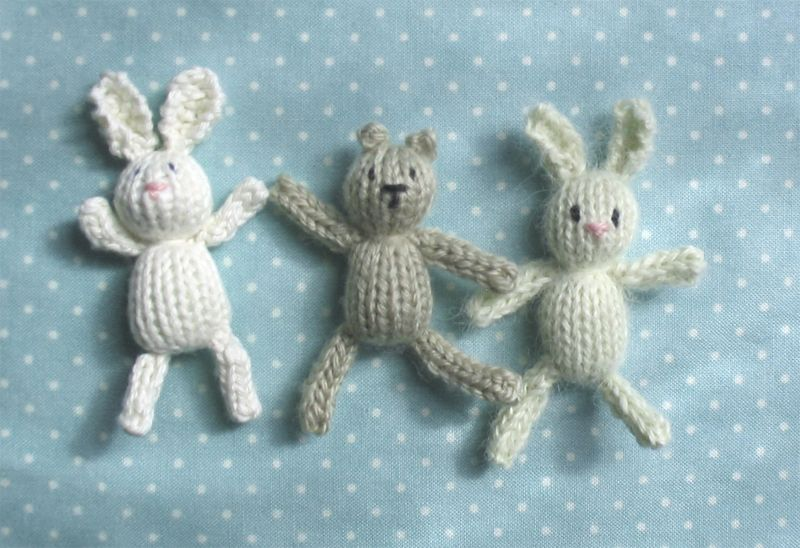 Teeny tiny knitted toys | Free pattern, Toy and Patterns