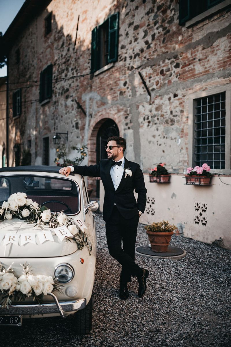 Intimate Black And White Wedding At Villa In The Tuscan ...
