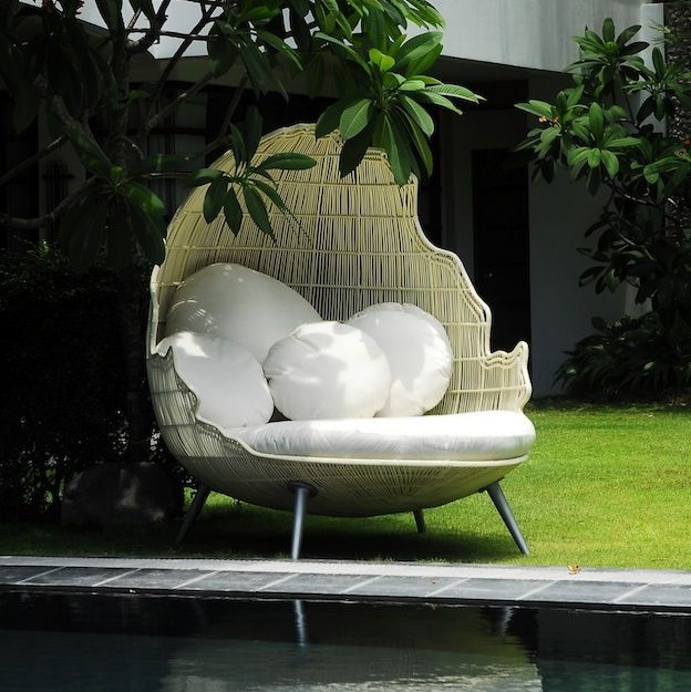 neoteric luxury - Google Search | Patio daybed, Rattan ... on Sparta Outdoor Living id=36290