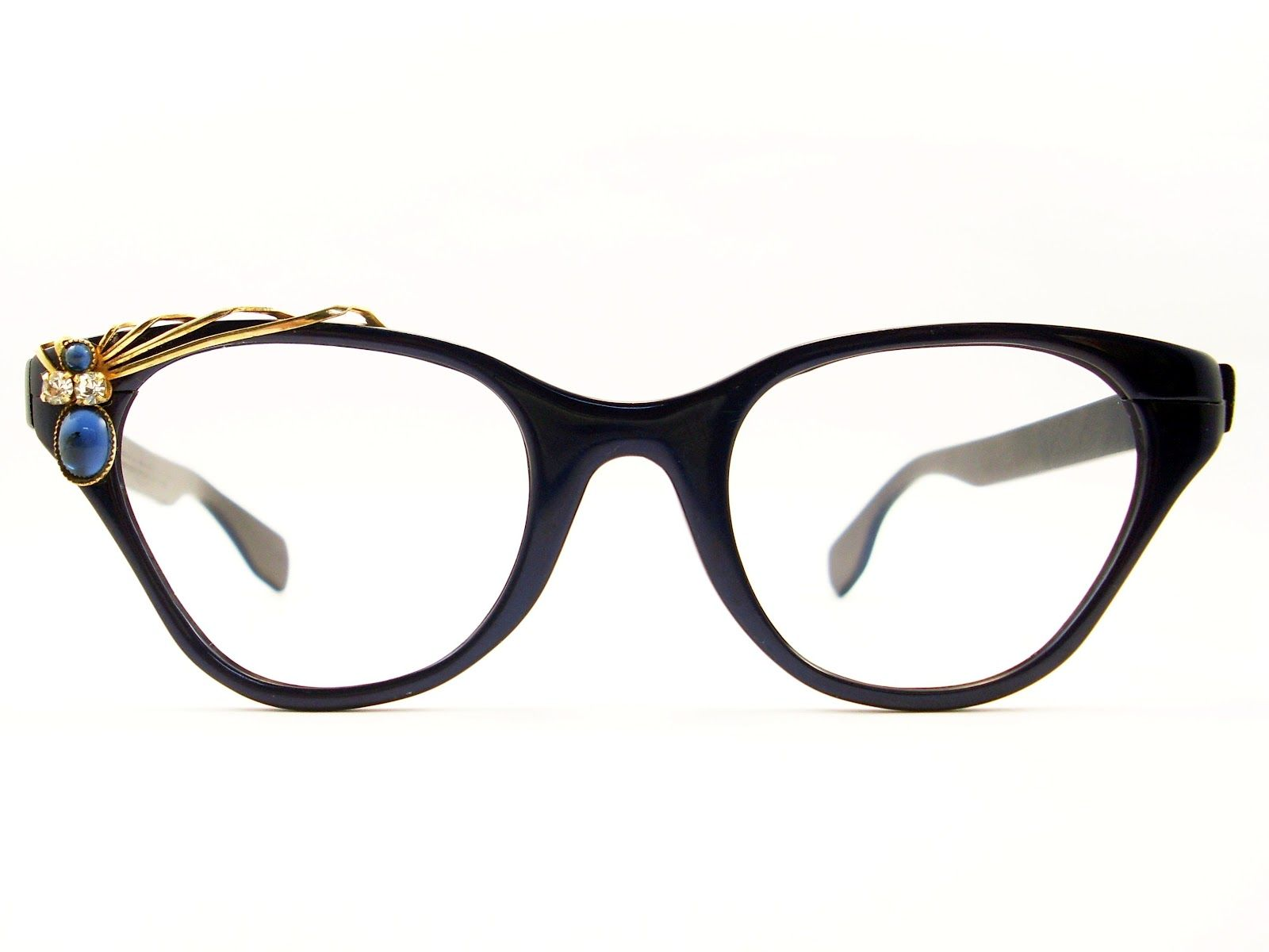 Four Trendy Eyewear Frames to Kick up Your Style